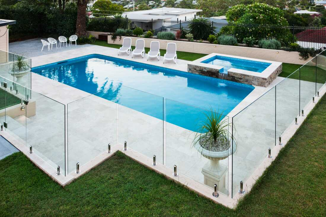 penrith swimming pool fence glass